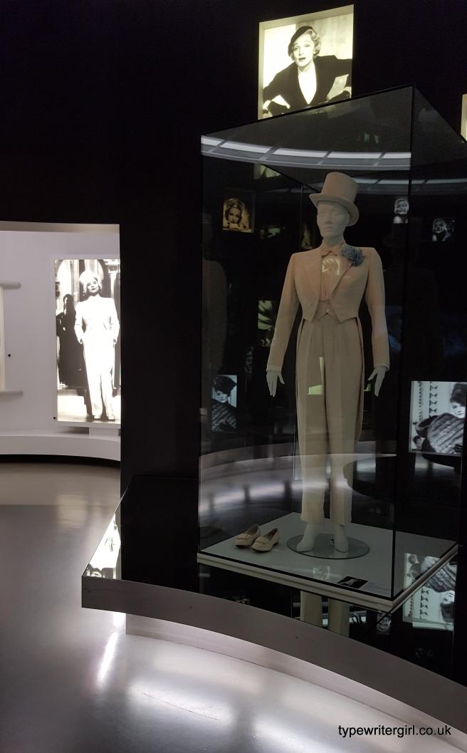 tvmuseum1