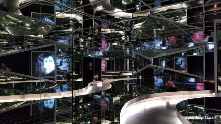 tvmuseum4
