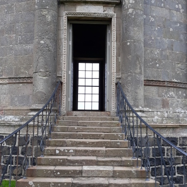 mussenden temple steps